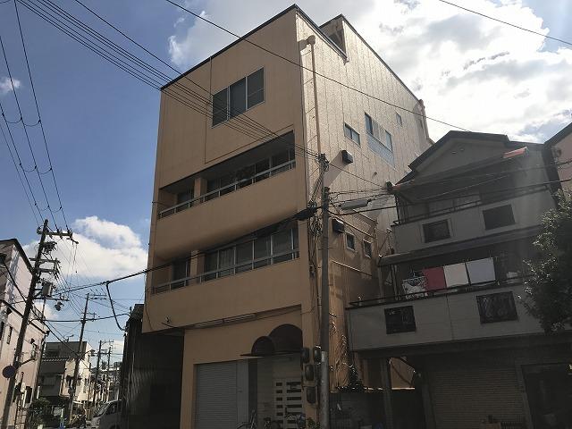 豊田マンションの外観
