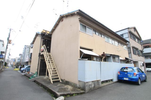 MAYUMIハイツ枚方13番館の外観