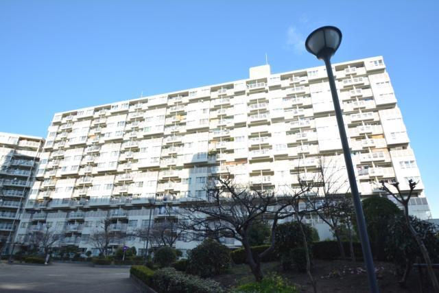 近鉄南港ガーデンハイツ21号棟の外観