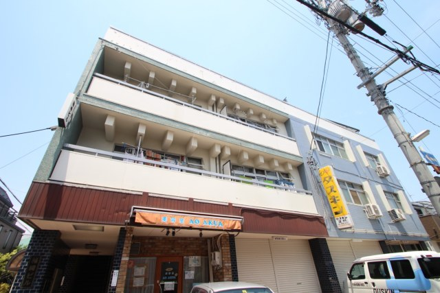 箱崎ビルの外観