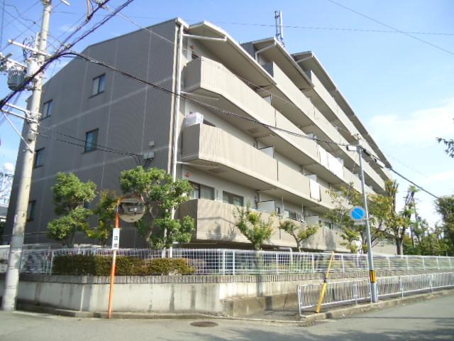 武庫之荘グリーンマンションの外観