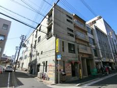 綾小路アパートメント