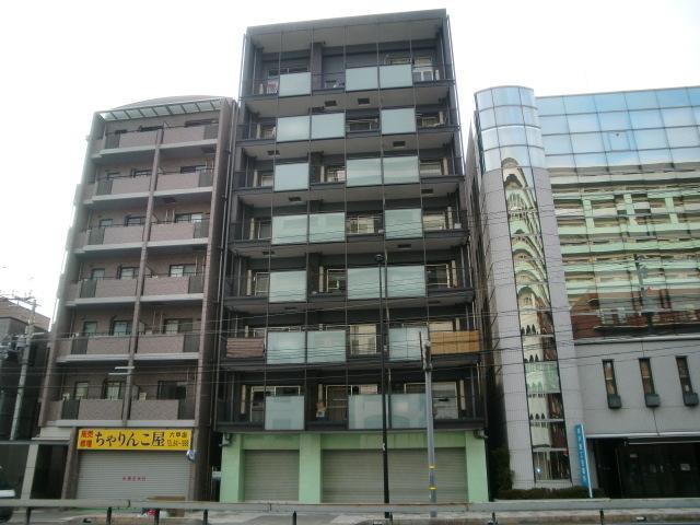 WOB六甲道の外観