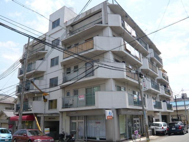 第二横田マンションの外観