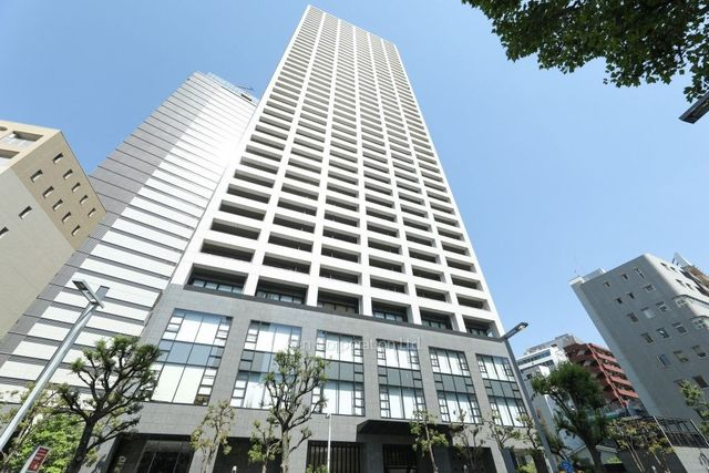 コンシェリア西新宿TOWER' WESTの外観