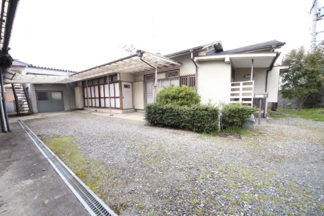 西田中町倉庫付戸建の外観