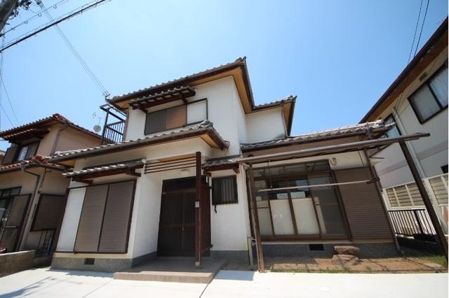 矢田町戸建の外観