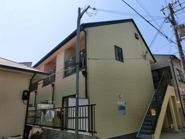 エスポワール神戸の外観