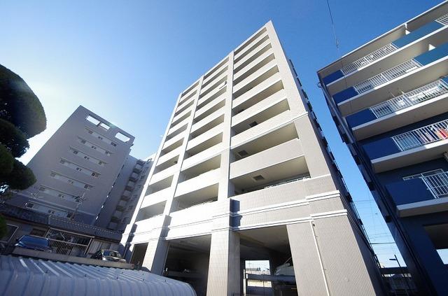 エスリード瓢箪山駅前2番館の外観