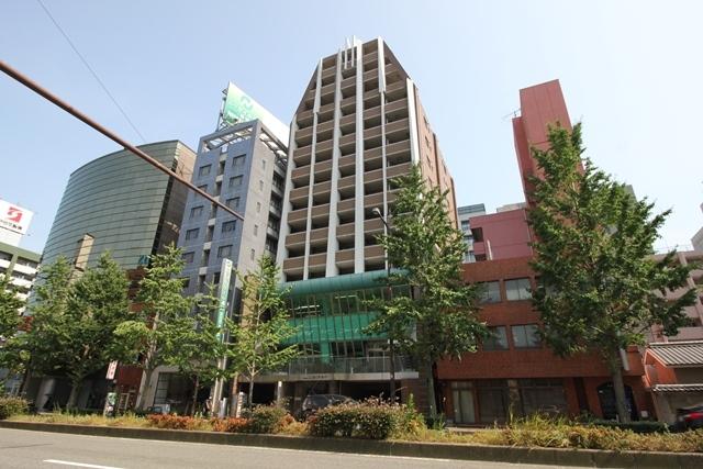 赤坂ランドマークタワーの外観