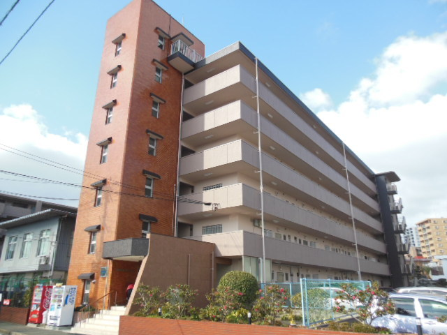 城西島塚ビルの外観