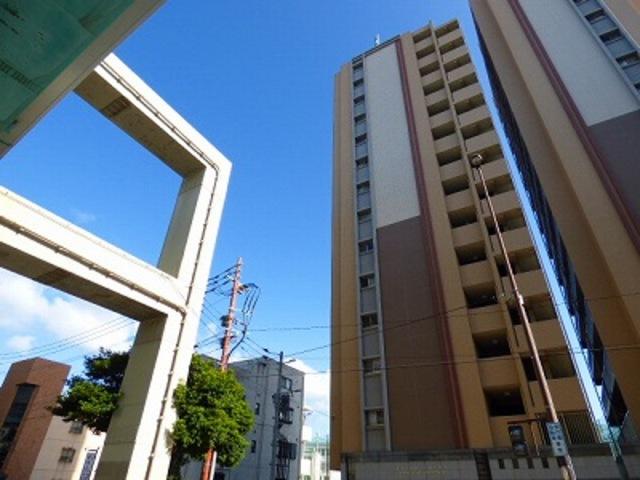 エステムコート博多祇園ツインタワーファーストステージの外観