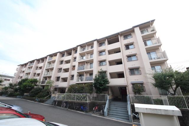 奈良三条町住宅2号棟 の外観