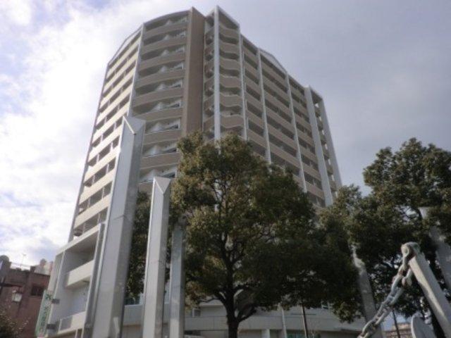 ベレーサ築地口ステーションタワーの外観