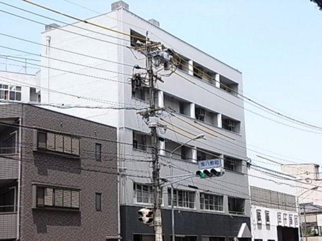 第一中央ビルディングの外観