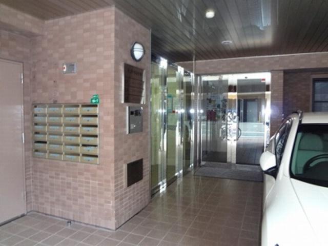 アールジェイアール博多駅東の外観