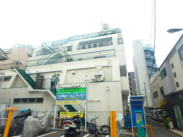 ウエスト早稲田マンションの外観