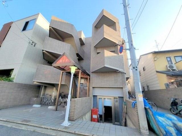 スカイロード東寺の外観