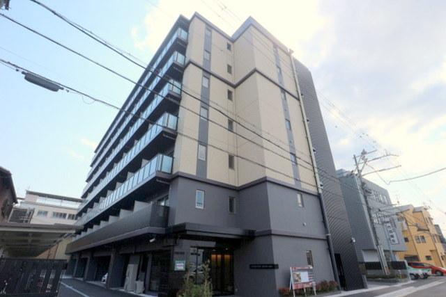 エステムコート京都西院の外観