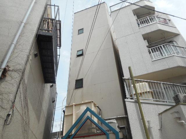 尾崎ビルの外観