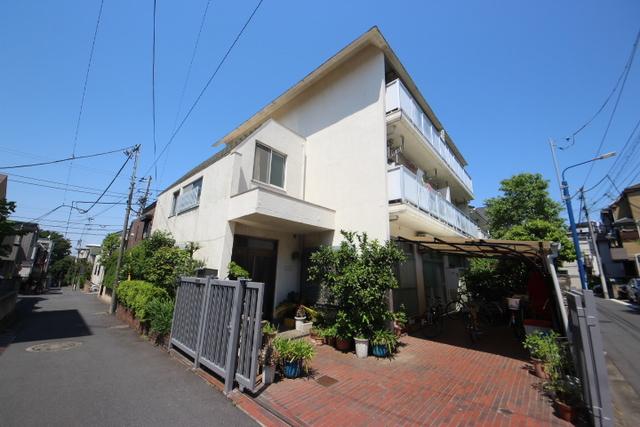 田村マンションの外観