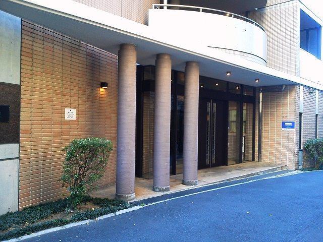 レジディア笹塚の外観