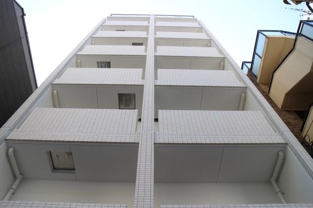 エスパシオ・コモド大阪新町の外観