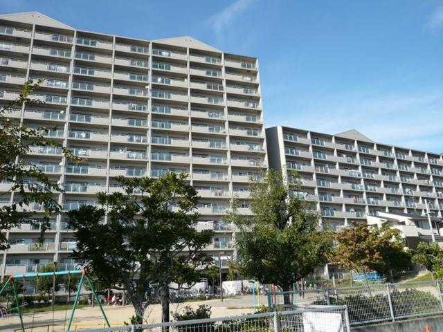 浅香山グリーンマンションの外観