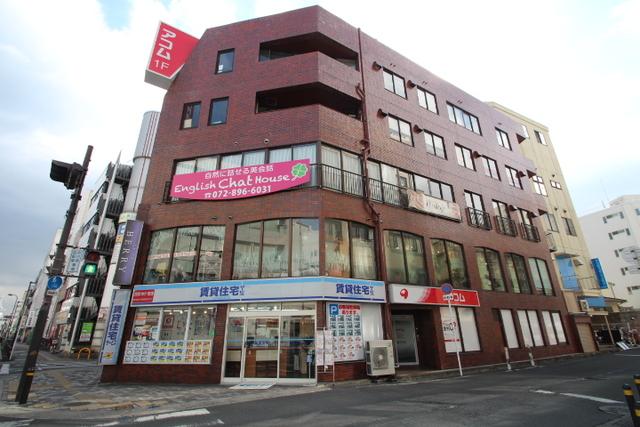 FC京阪枚方店外観写真